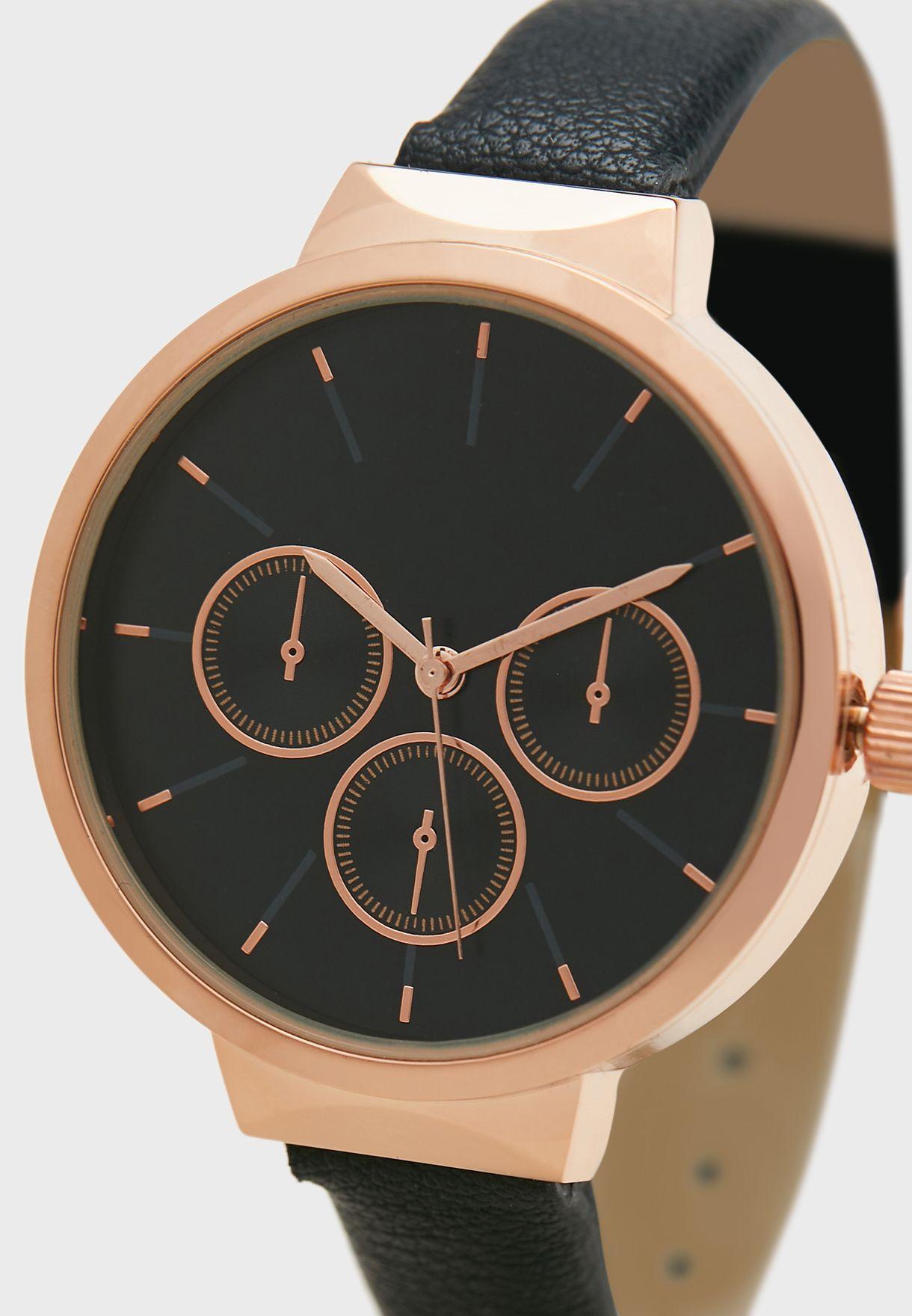 ساعة كاجوال