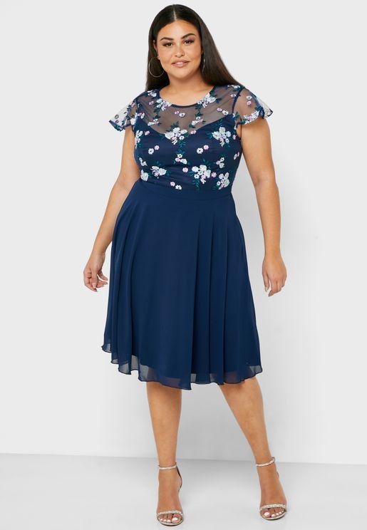 فستان مطبع بجزء علوي شبكي
