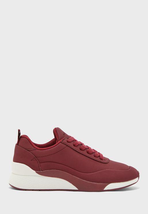 Alma Low Top Sneaker