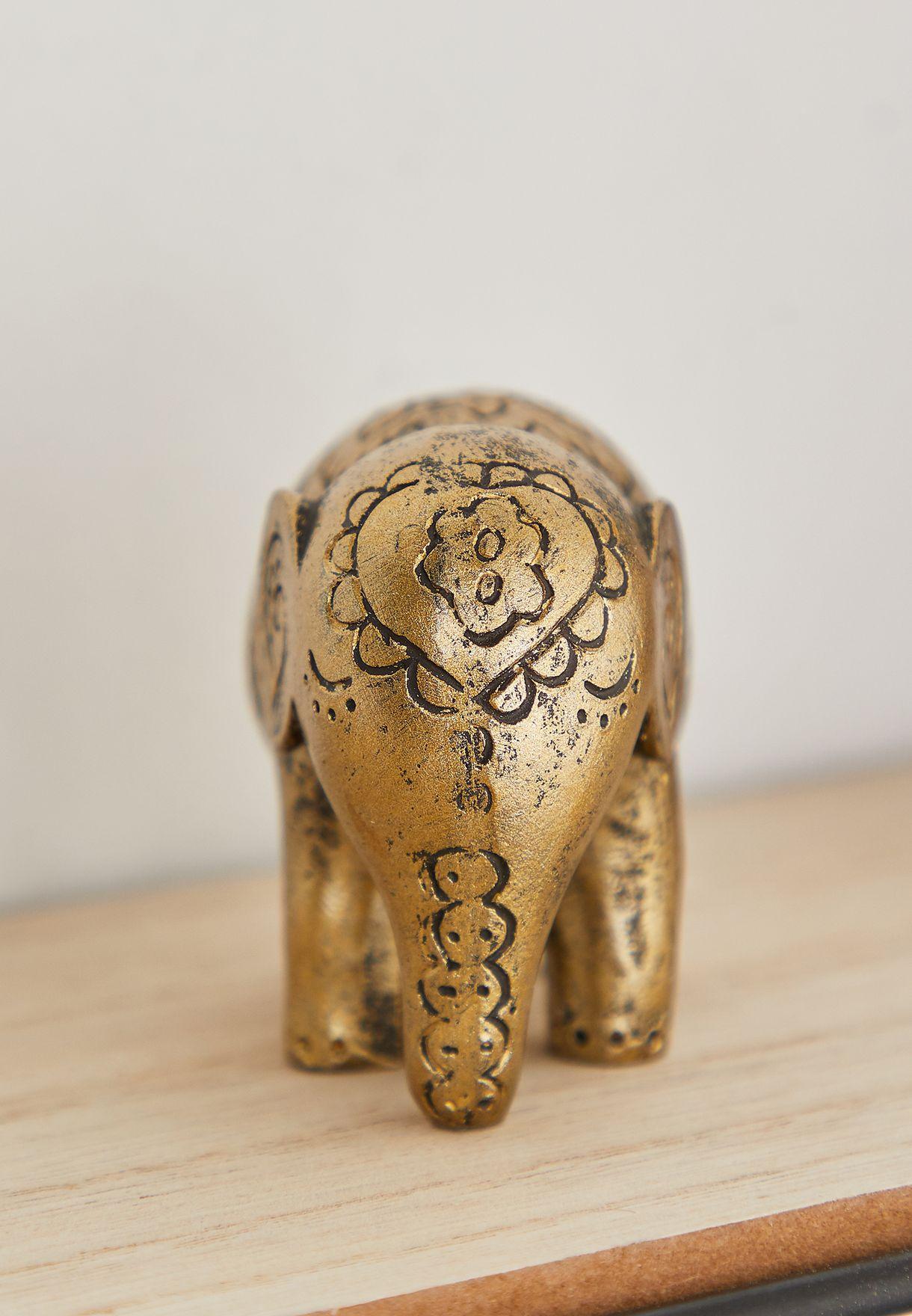 تمثال فيل صغير