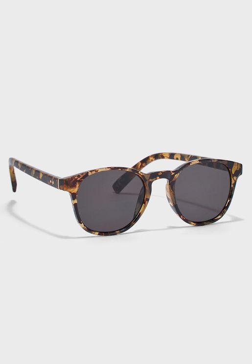 d71245742 نظارات شمسية رجالية 2019 - نمشي السعودية