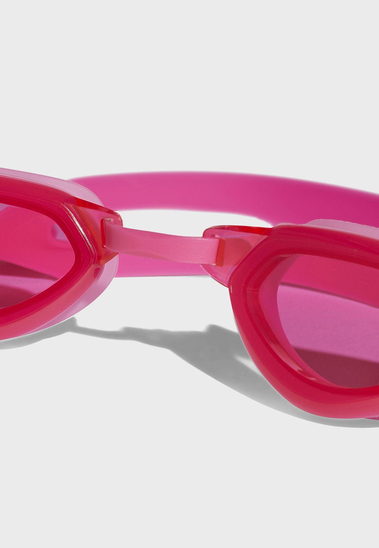 نظارة سباحة بحماية من الشمس