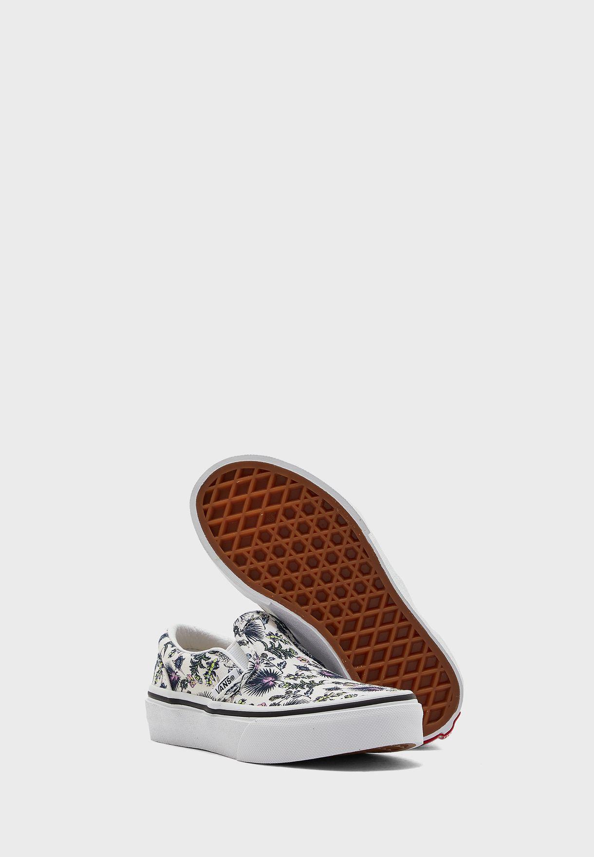 حذاء كلاسيكي بارادايس بطبعات ازهار