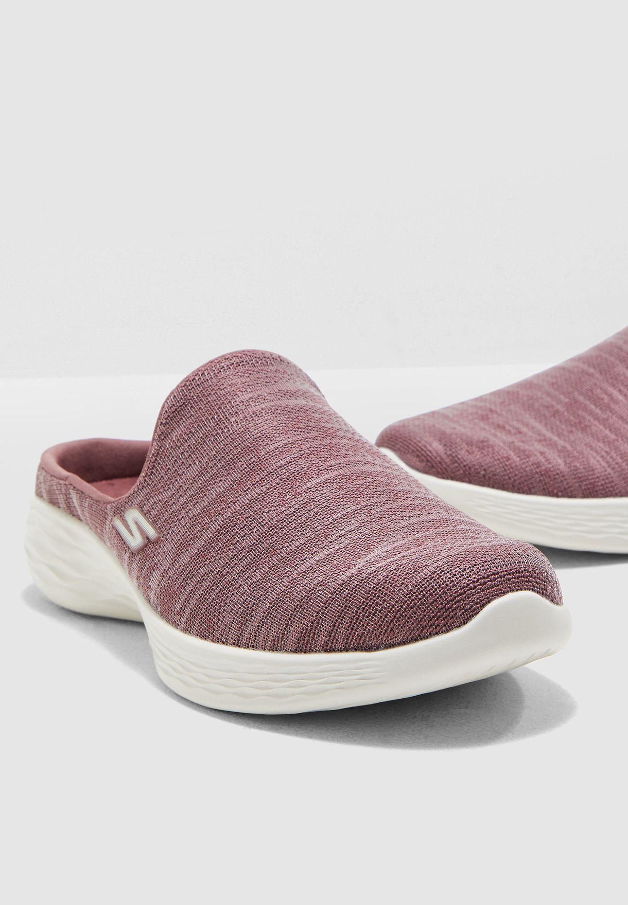 """حذاء """"يو"""""""