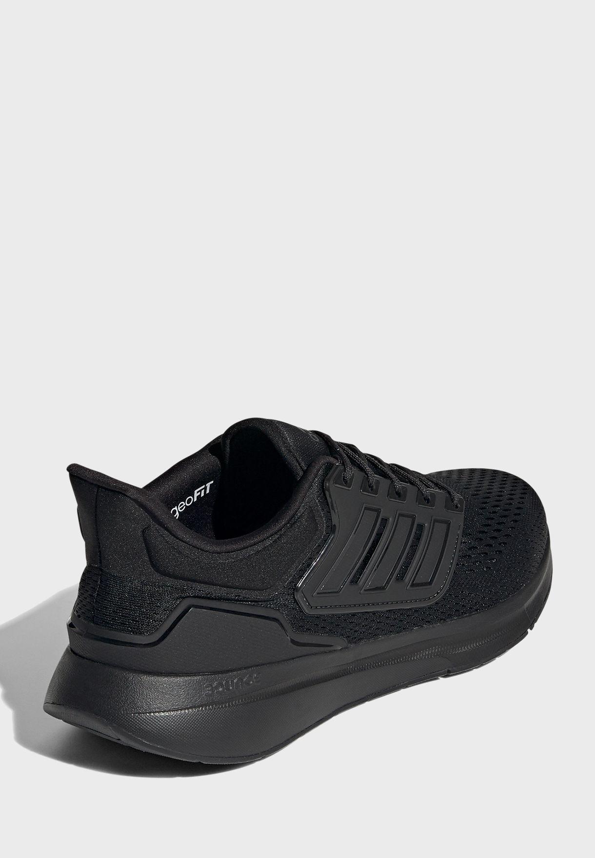 حذاء اي كيو 21 رن