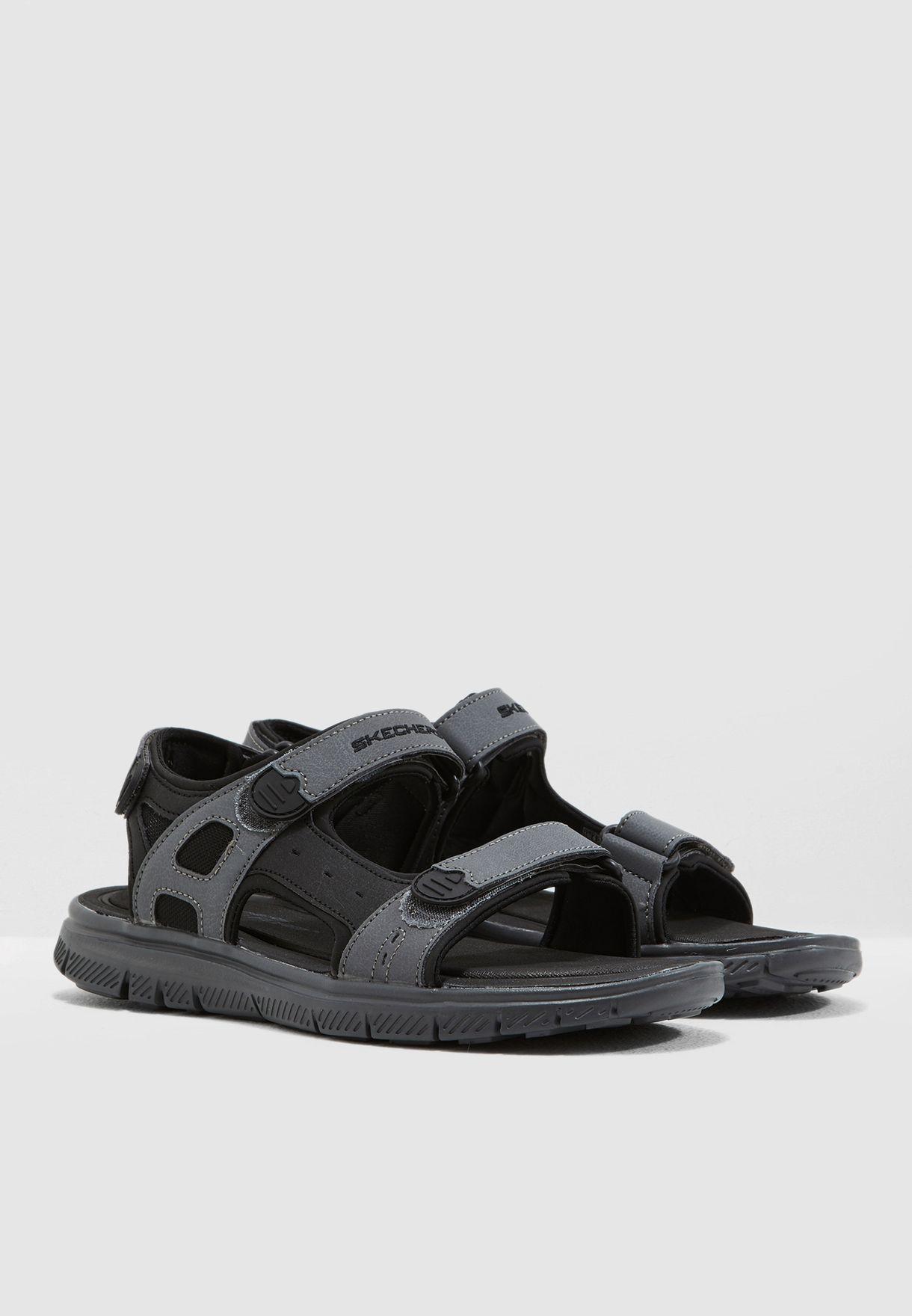 حذاء فلكس ادفانتج 1.0