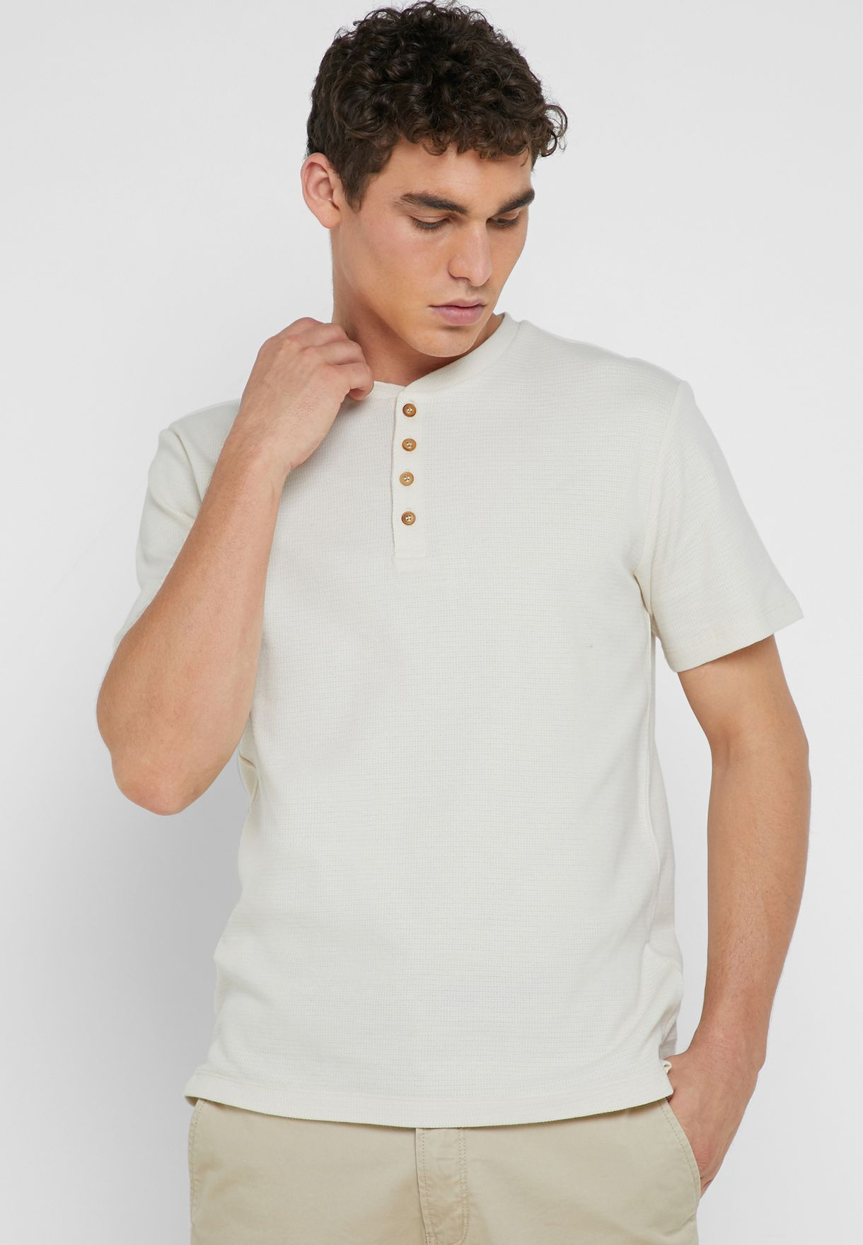 Gesel  Buttoned Crew Neck T-Shirt