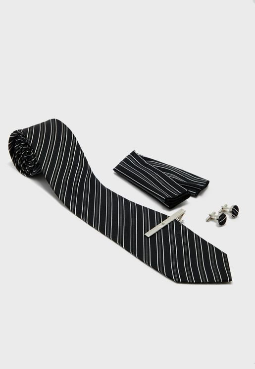 Tie, Ciff Link, Lapen Pin And Pocket Square Set