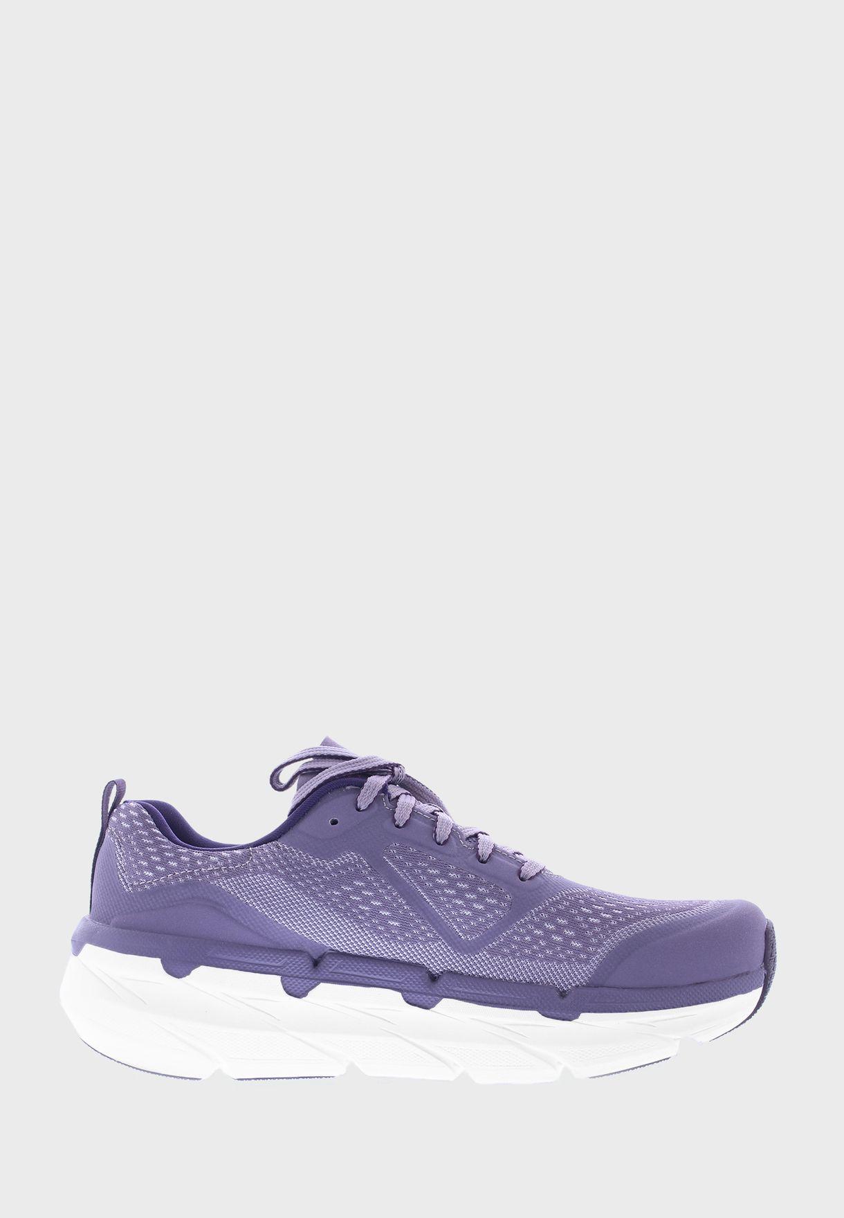 حذاء رياضي عصري