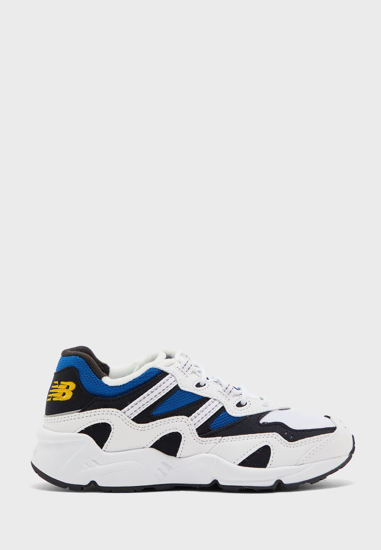 حذاء 850