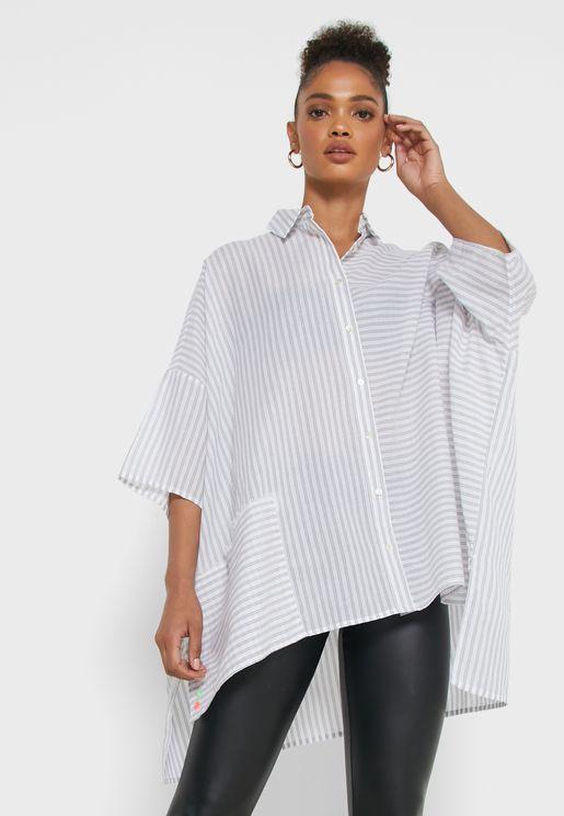 قميص واسع بخطوط