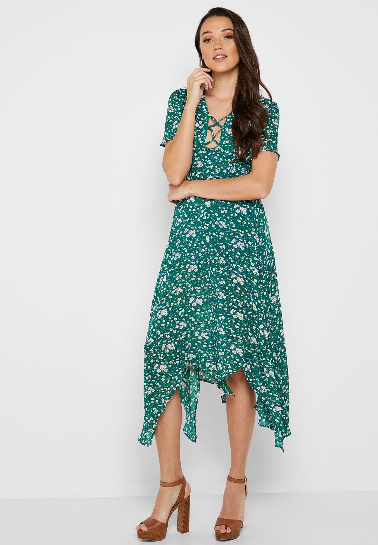 415da17b9822 Shop Jovonna London prints Ditsy Floral Print Dress Coleen for Women ...