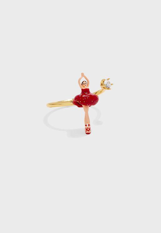 خاتم راقصة الباليه