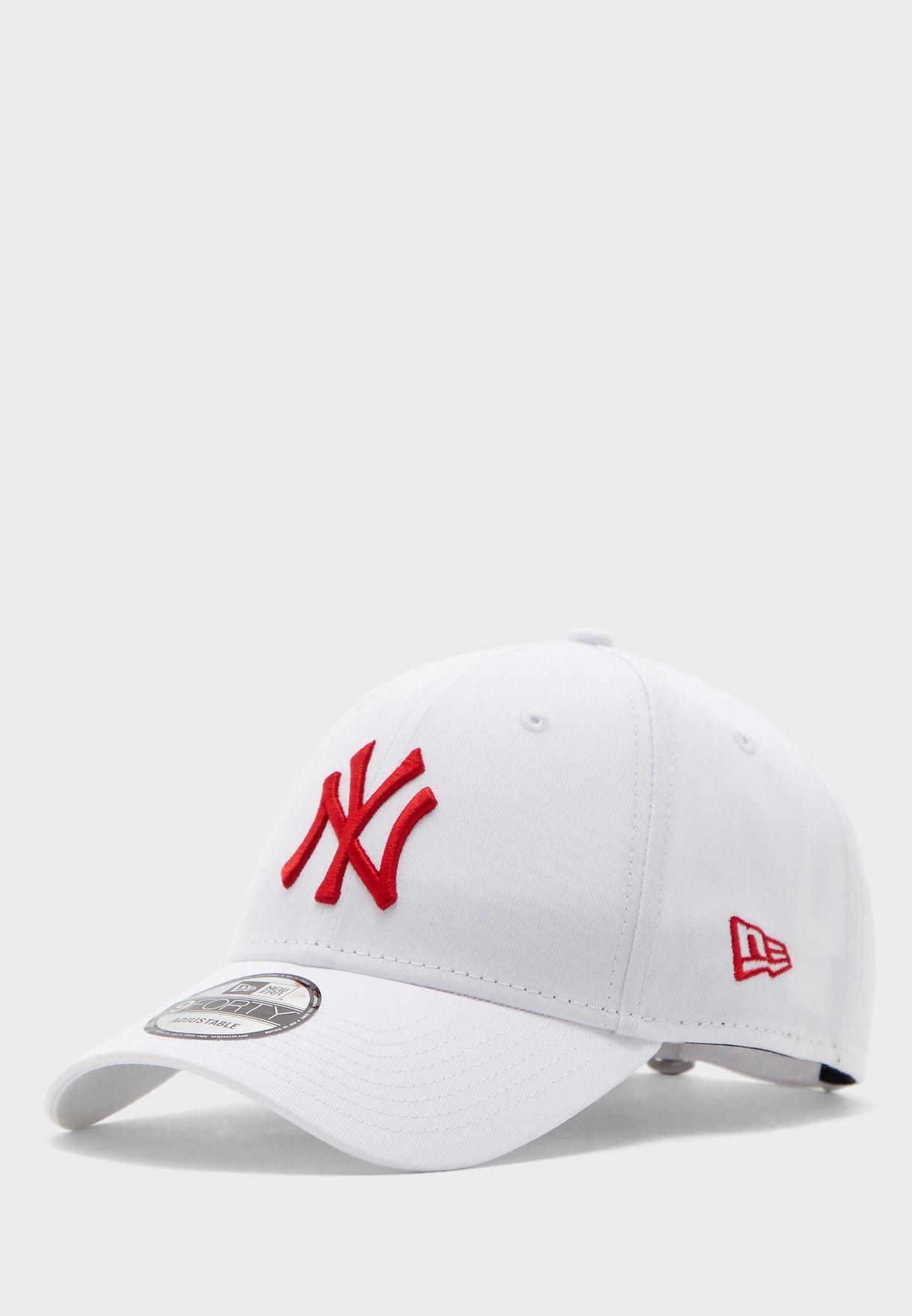 9Forty New York Yankees League Cap