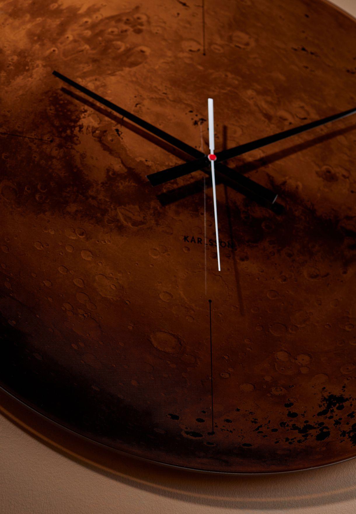 ساعة حائط بطباعة المريخ
