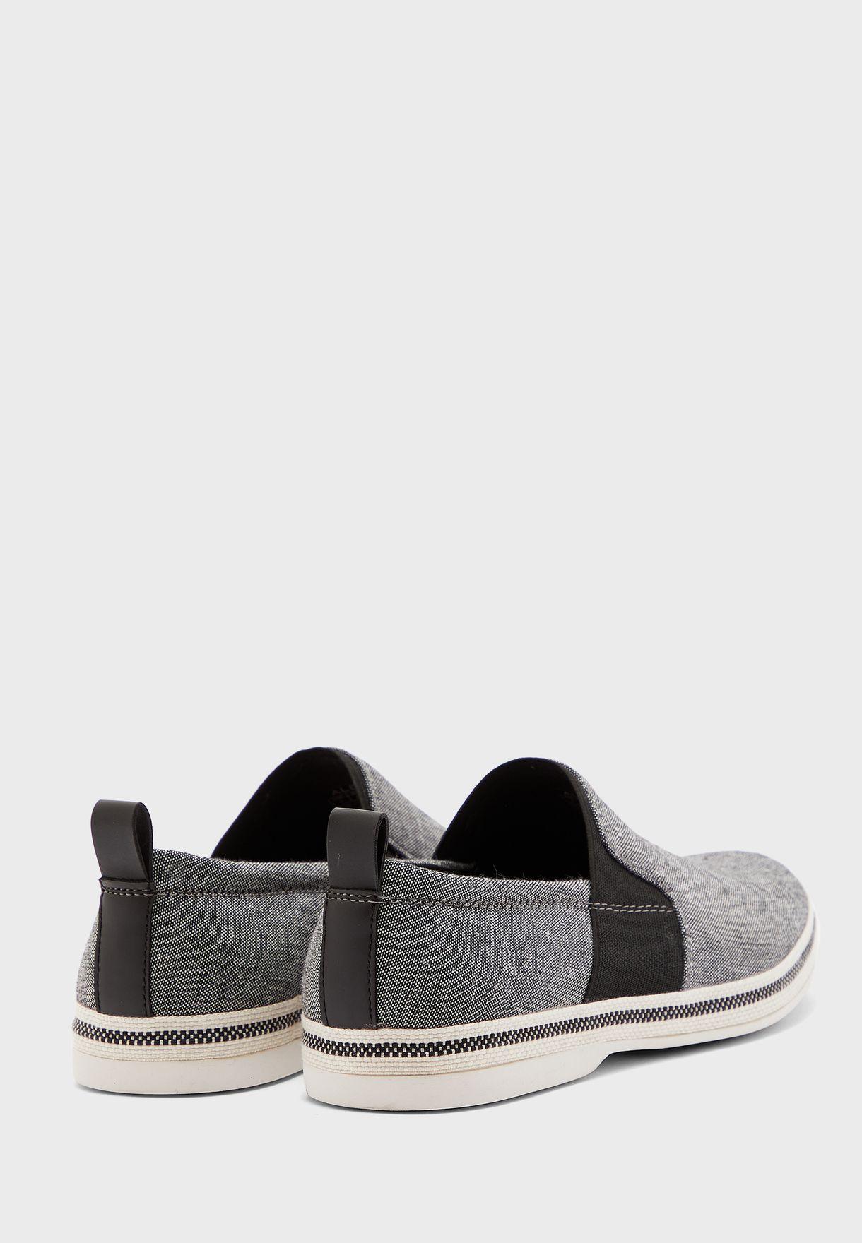 حذاء اسبادريل سهل الارتداء