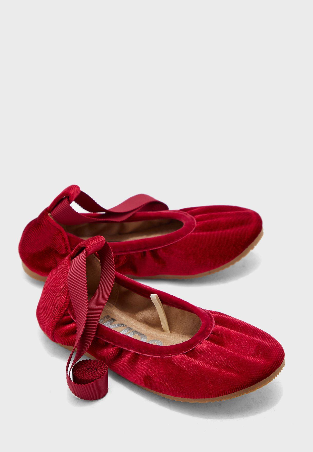 حذاء باليرينا مخمل