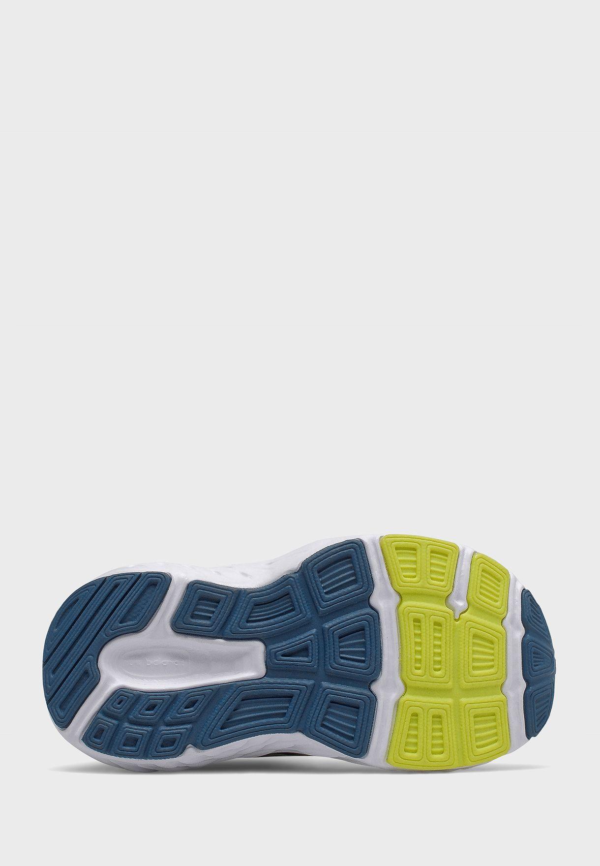 حذاء رياضي 680 للصغار