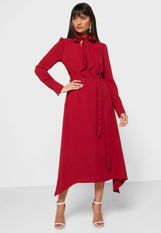 فستان ميدي بأربطة عنق