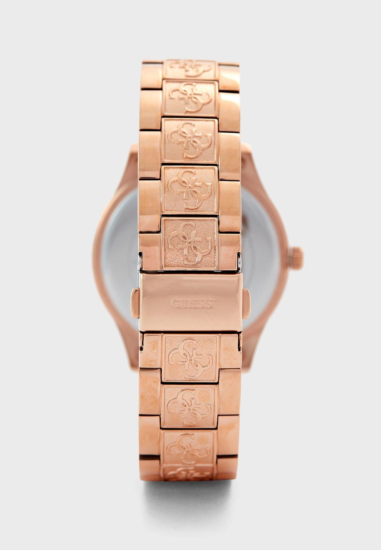 ساعة انالوج بحركة عقارب ثلاثية