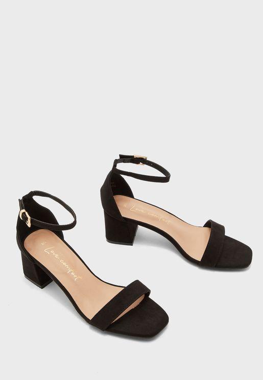Zaniel Block Heel Sandal