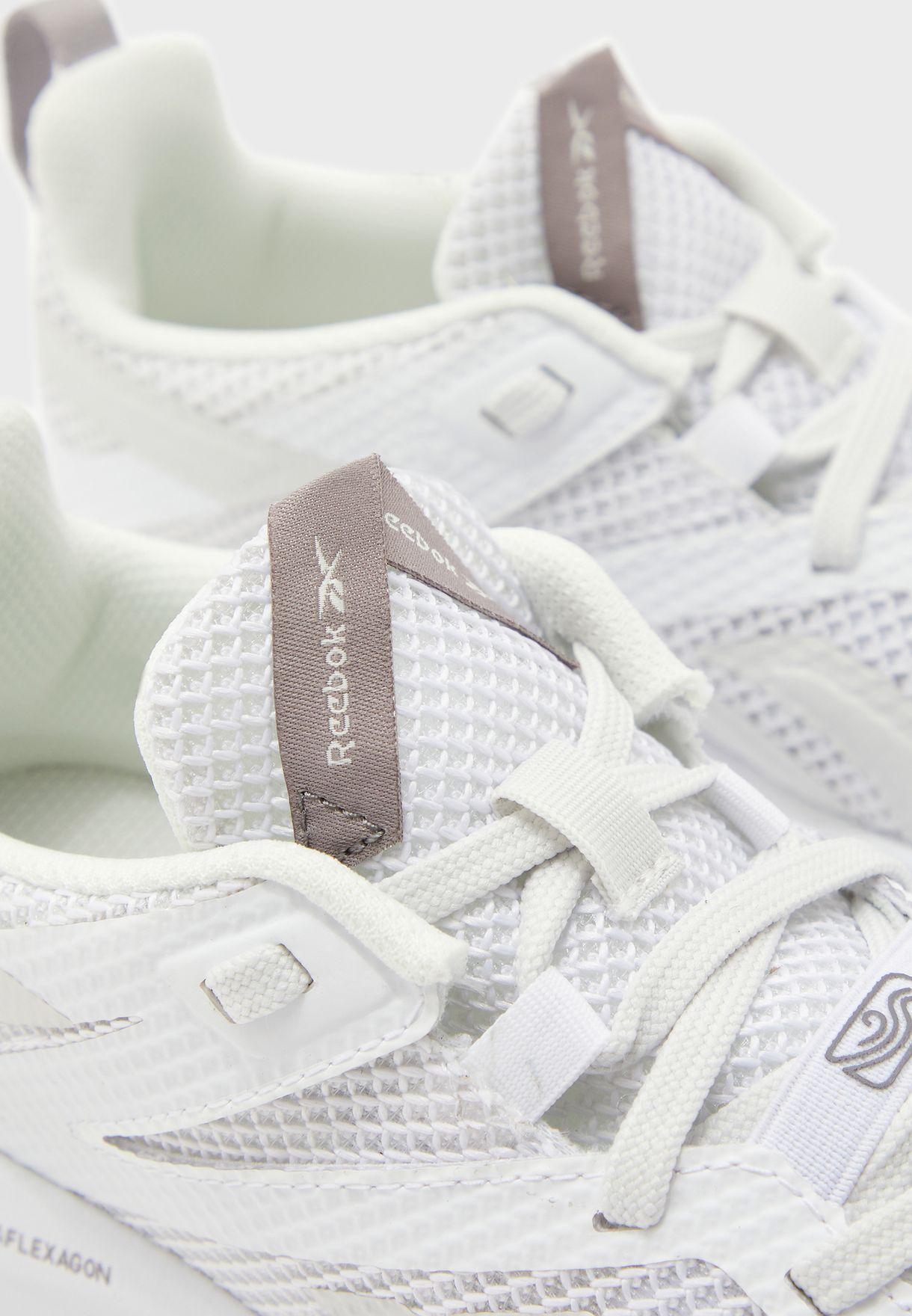 حذاء ميجا فليكساجون