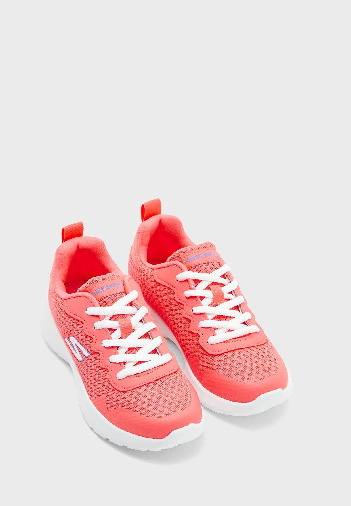 حذاء داينامايت
