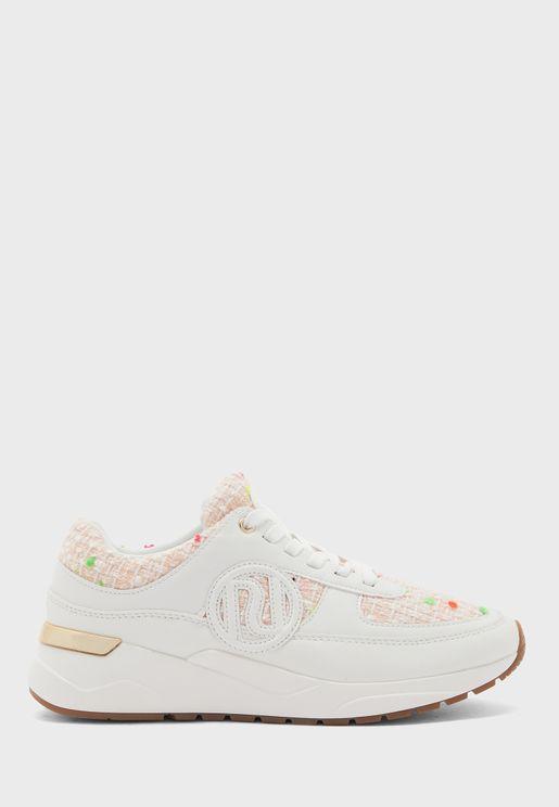 Chunky Branded Sneaker