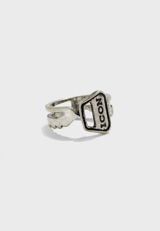 Curved Key Detail Band Ring