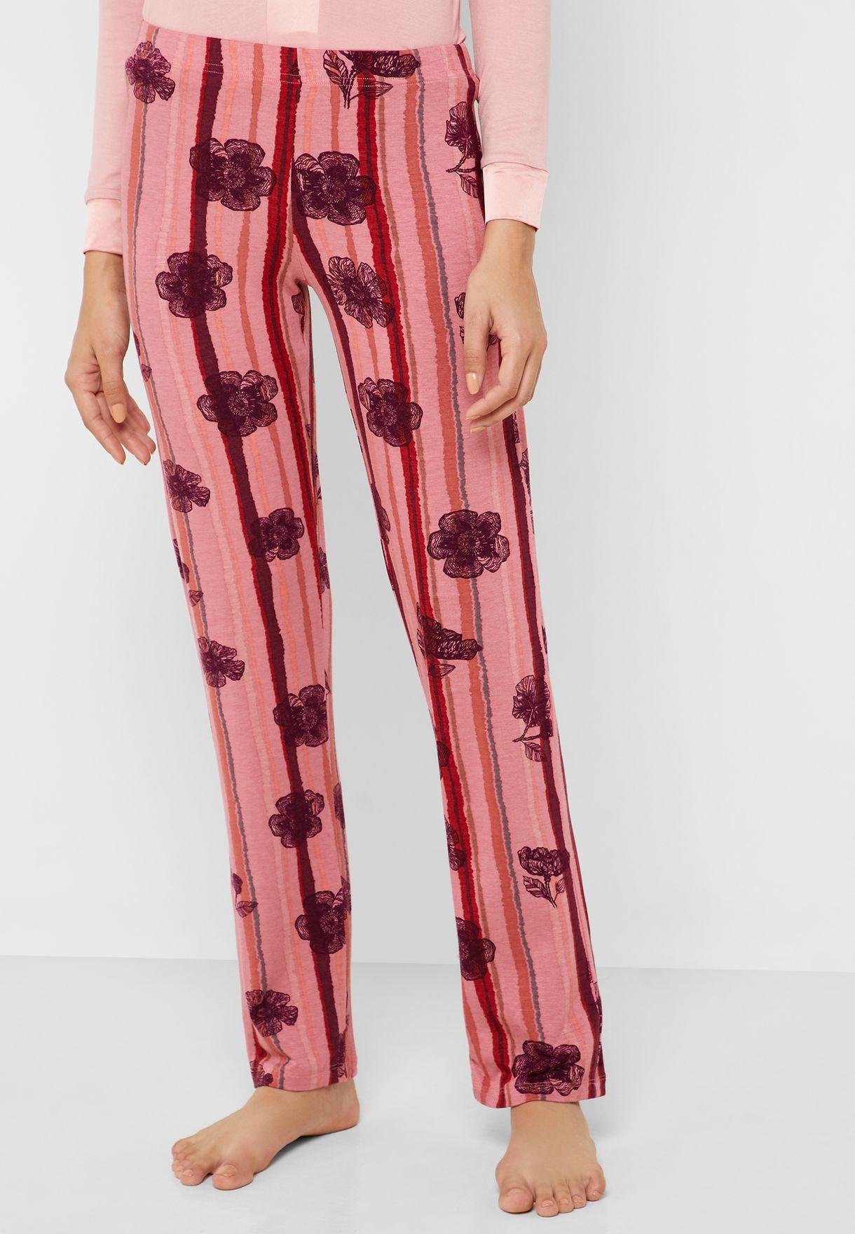 V-Neck T-Shirt & Floral Print Pyjama set