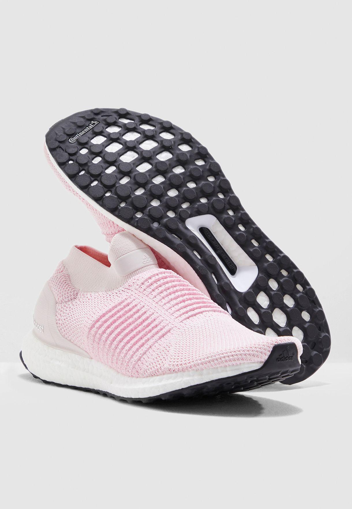 حذاء ألترا بوست بدون أربطة