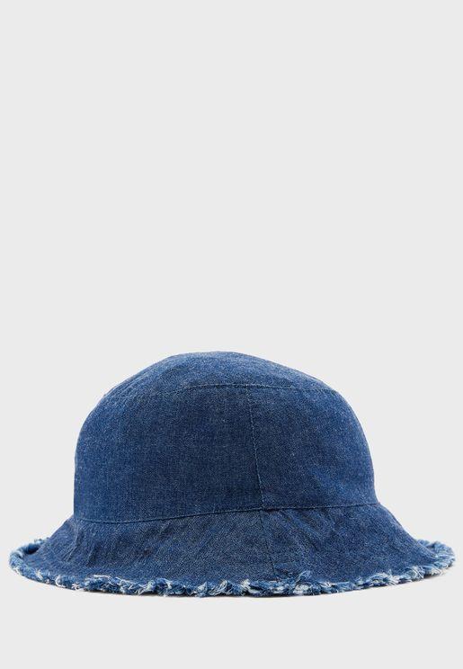 قبعة بشراشيب للاطفال