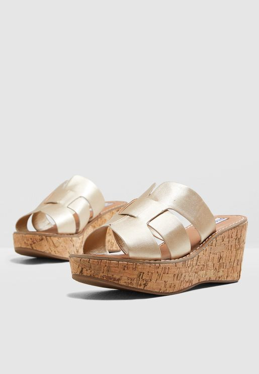 5383862719c Sammy Wedge Sandal - Gold. Steve Madden