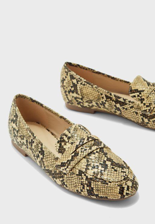 حذاء لوفرز كلاسيكي