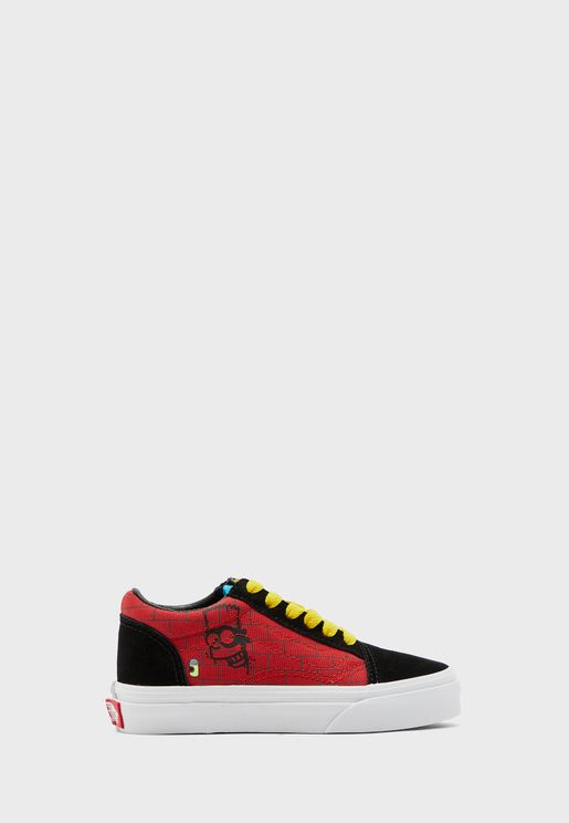 حذاء من مجموعة  ذا سيمبسونز فاملي