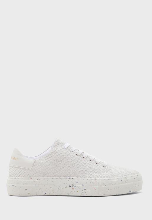 Emmie Low Top Sneaker