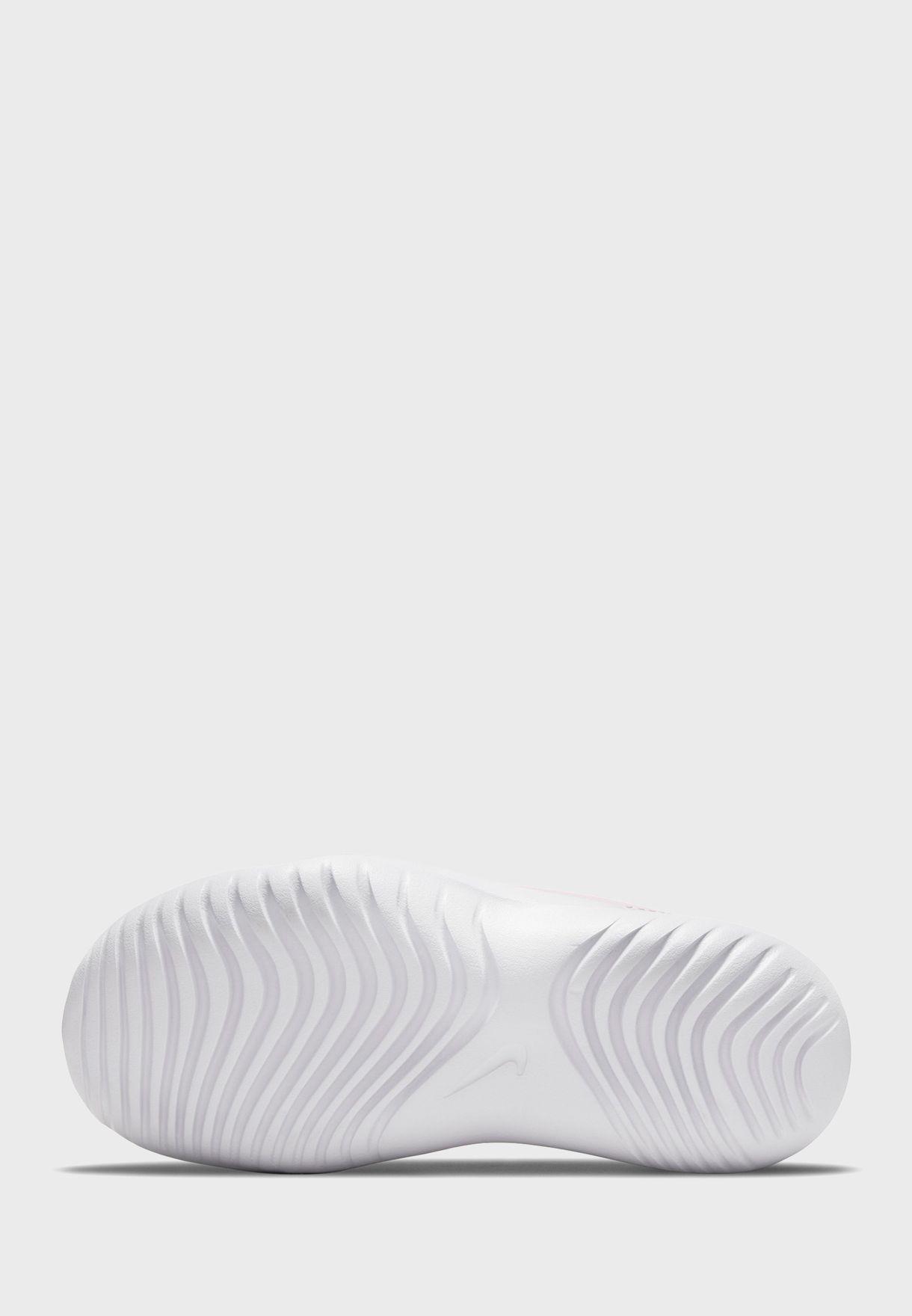 حذاء فليكس رانر