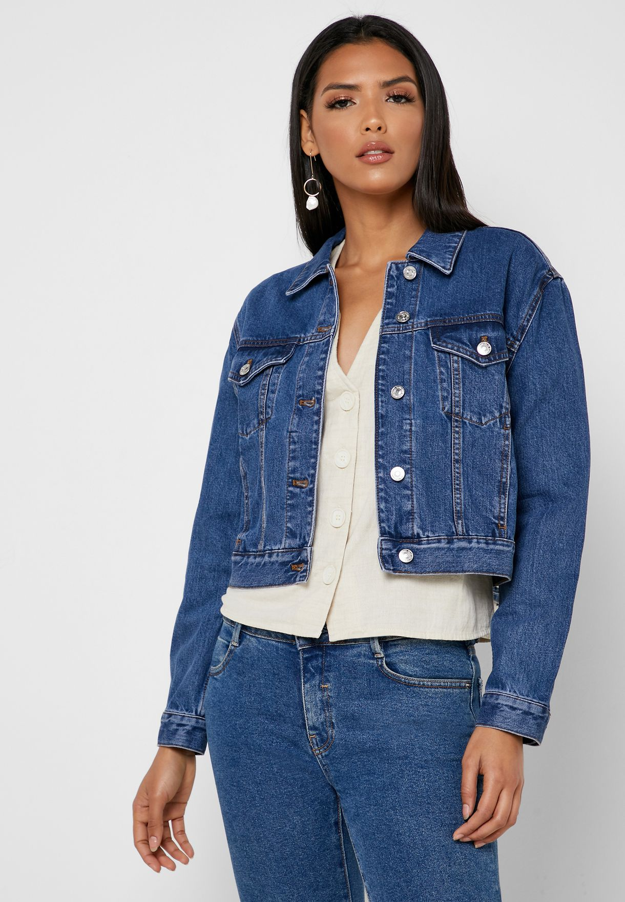 Pocket Detail Crop Denim Jacket