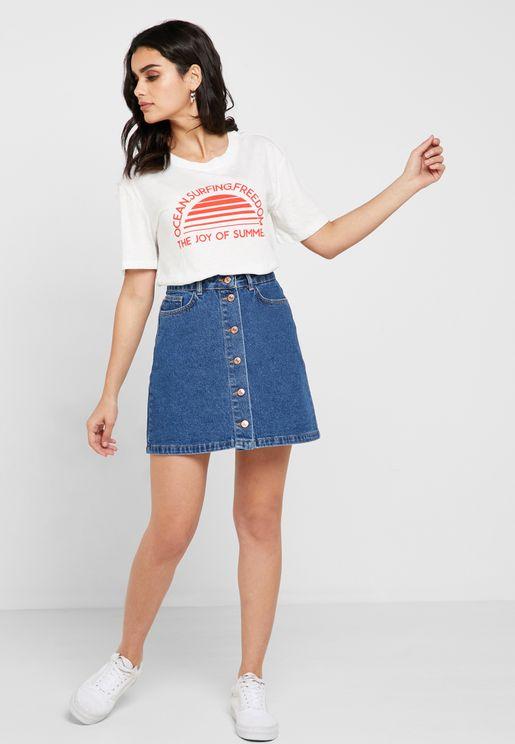 تنورة جينز ميني بأزرار