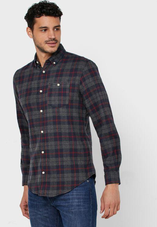 قميص سلم فيت بطبعات مربعات