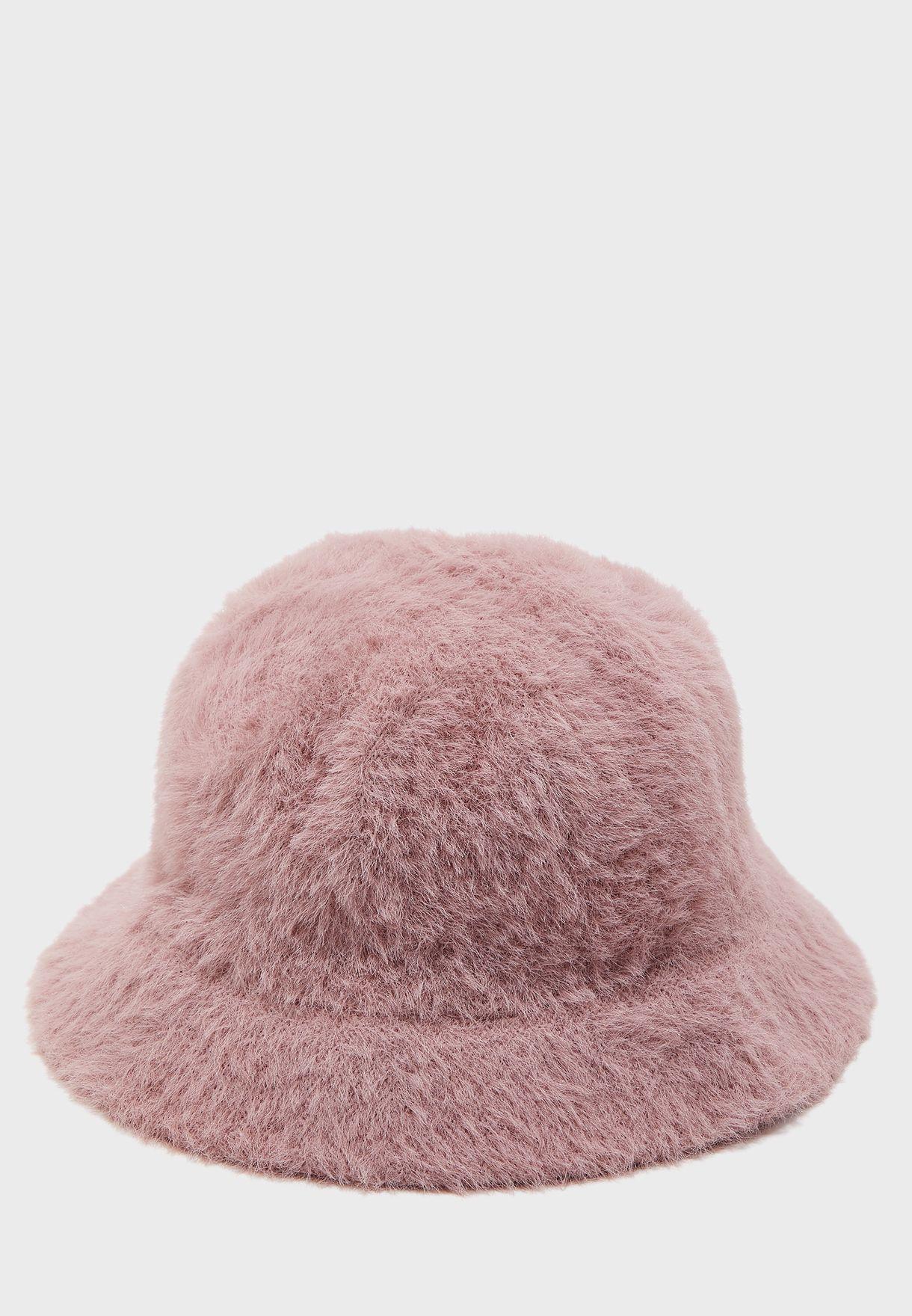 قبعة فرو انيقة