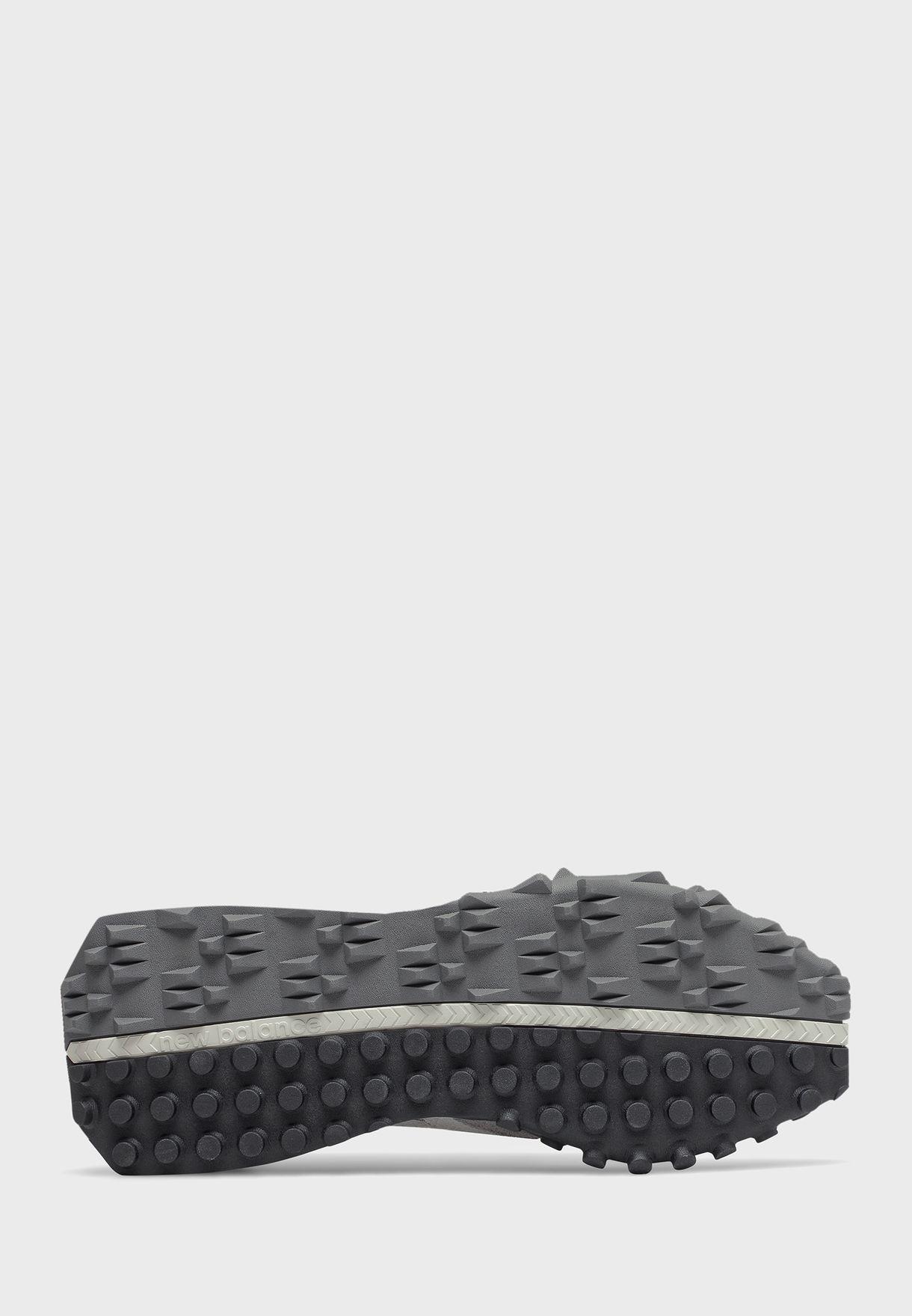 حذاء رياضي اكس سي 72