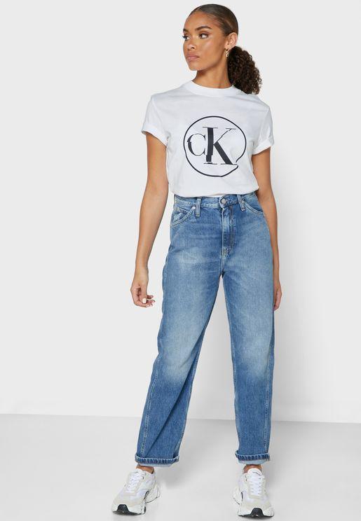 جينز فاتح بخصر عالي