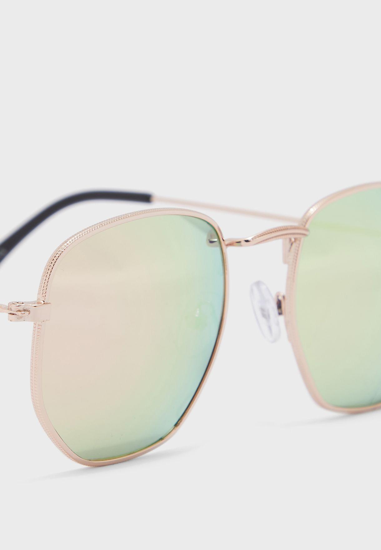 نظارة شمسية باطار معدني