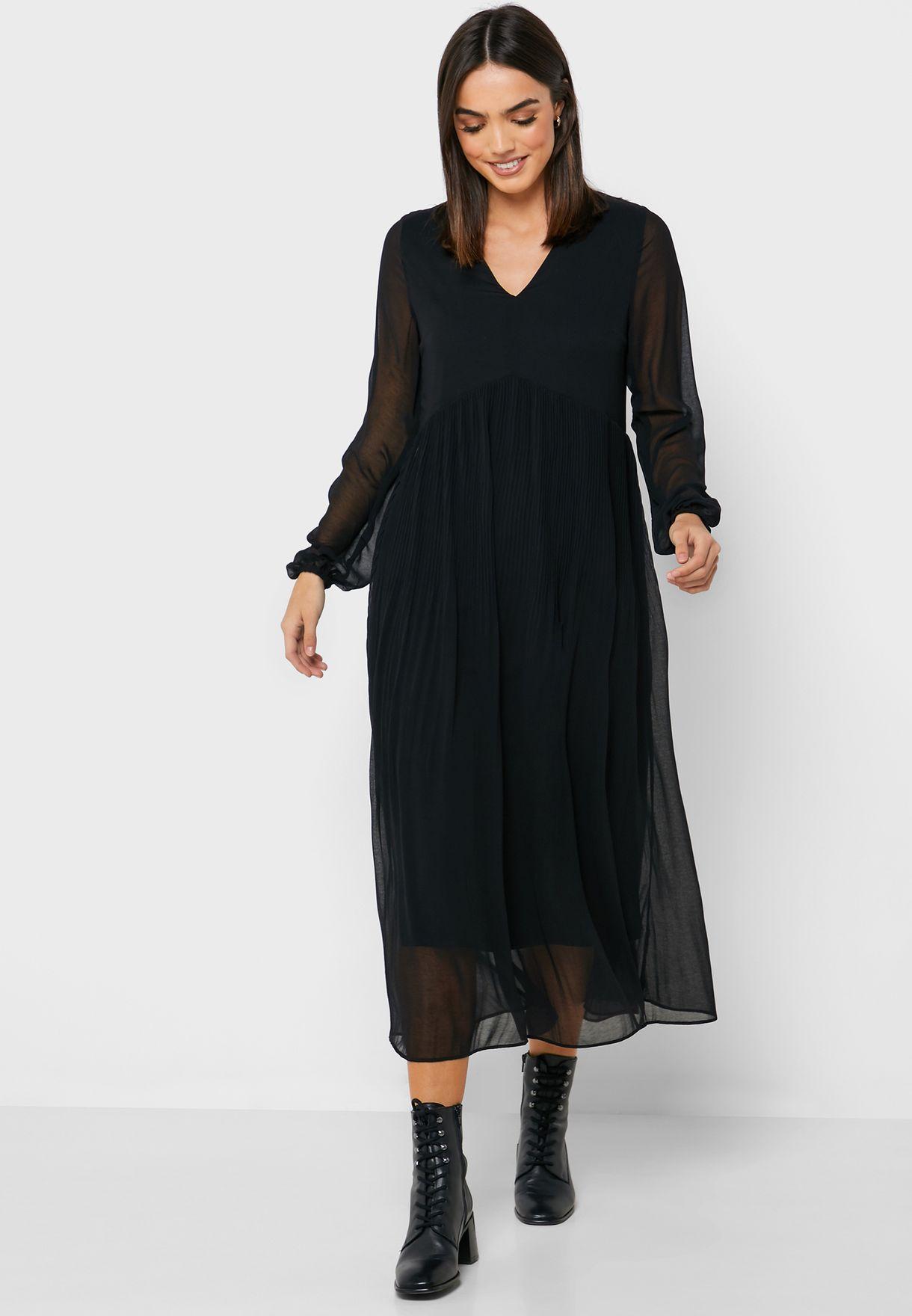 فستان بليسيه بطبقات شبك