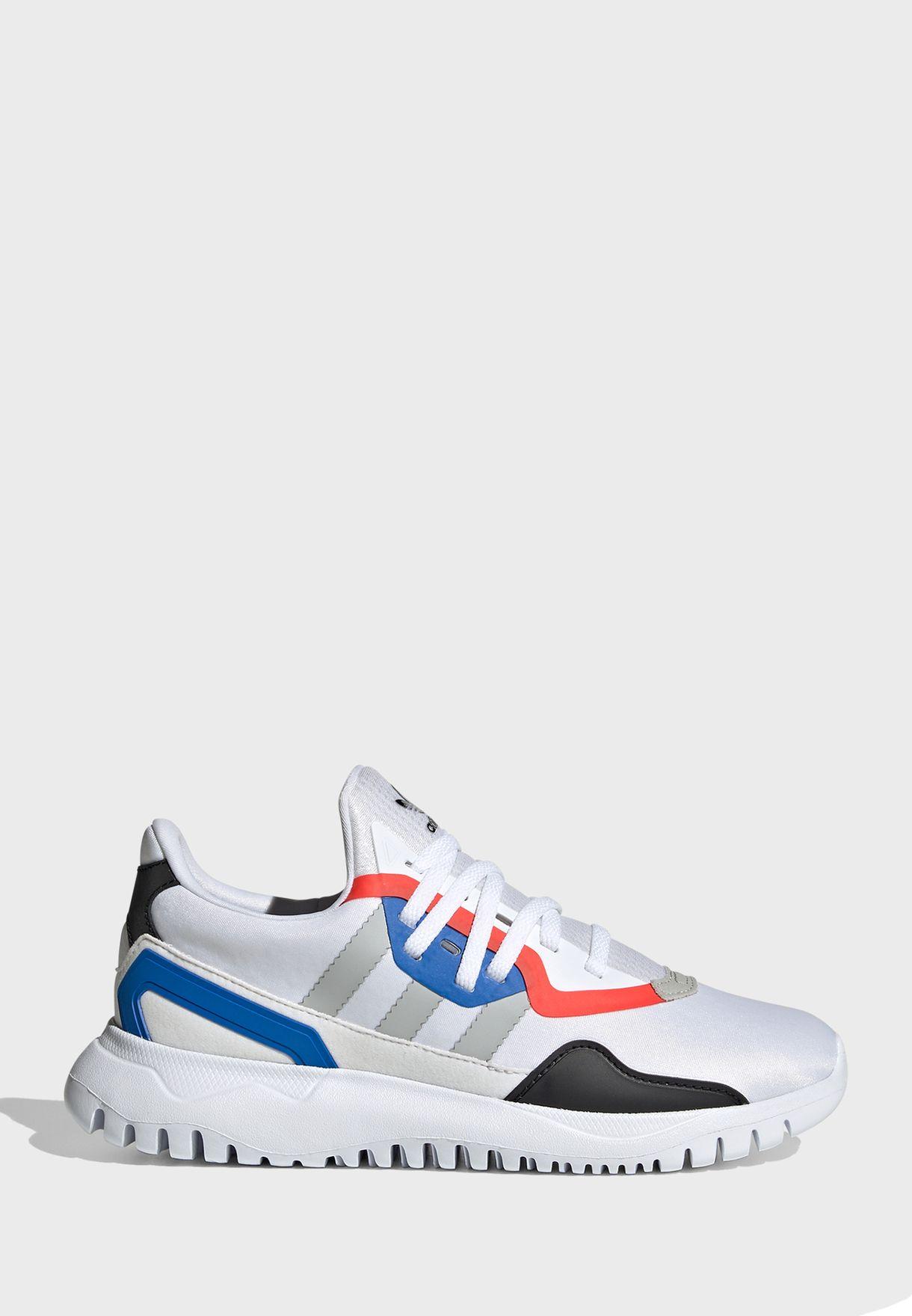 حذاء رياضي أوريجينالز فليكس
