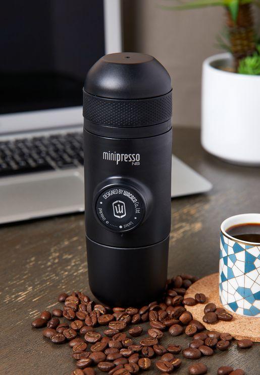 الة قابلة للحمل لصنع القهوة نانوبريسو