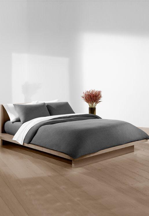 طقم غطاء سرير ووسائد  180 × 200 سم