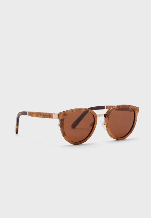 نظارة شمسية عصرية بإطار خشبي