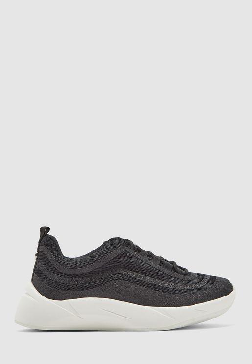 Quade Low Top Sneaker